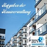 """Große Wohnhausanlage mit Überschrift """"Aufgaben der Hausverwaltung"""""""